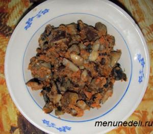 Обжаренные грибы  с морковью для супа пюре с сыром