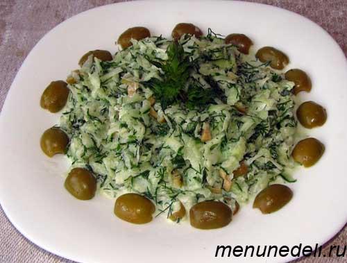 Салат из огурцов и мяты