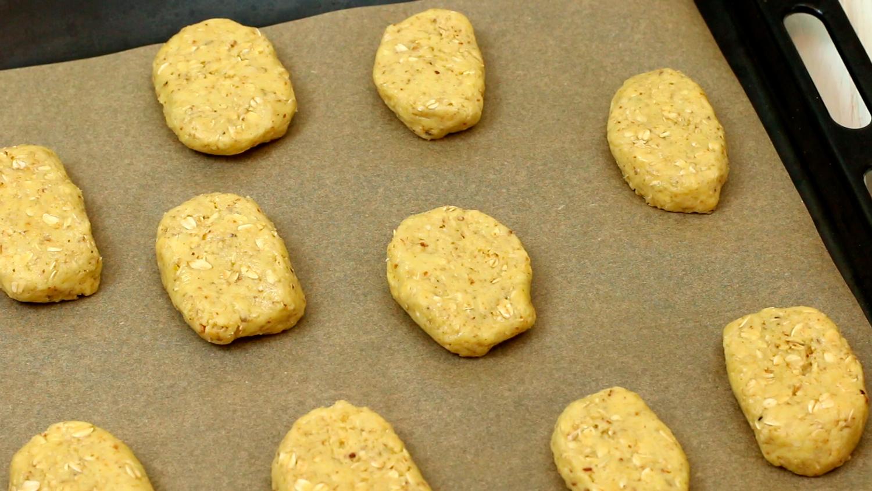 Кусочки теста на протвине - как приготовить и заморозить овсяное печенье