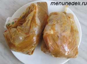 Куриные окорочка в полиэтиленовых пакетах с маринадом