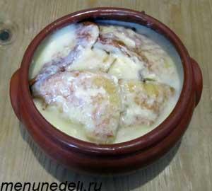 Полный горшочек блинов с заварным кремом