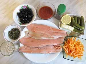 Ингрединты для солянки из рыбы перловки маслин каперсов