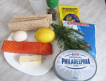 Ингредиенты для суфле из красной рыбы с сухарями