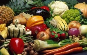 Разнообразные овощи морковь тыква болгарски перец цветная капуста брокколи лук и другие