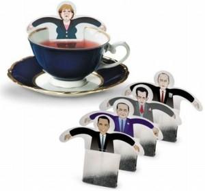 Чайные пакетики с изображением людей в деловых костюмах