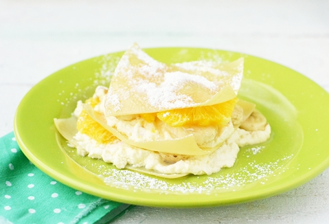 Сладкая лазанья с бананами и апельсинами
