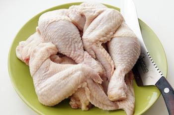 Курица разделанная на куски для запекания в духовке