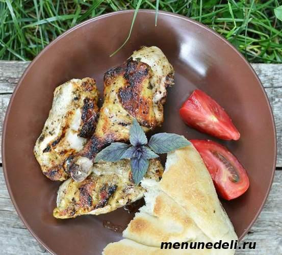 Как замариновать курицу для мангала или шашлыка