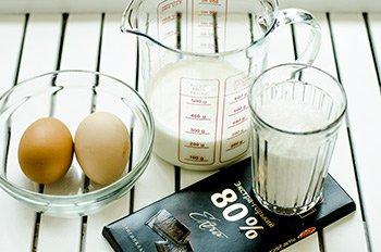 Ингредиенты для заварного крема в горшочках