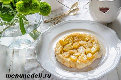 Классический тарт татен с яблоками на слоеном тесте