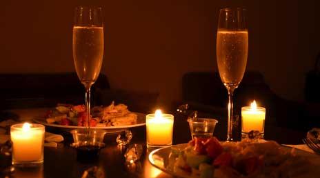 Обстановка для романтического ужина