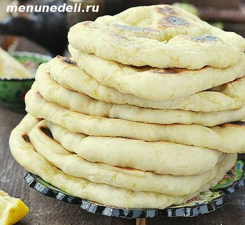 Арабские лепешки на сковороде  из дрожжевого теста