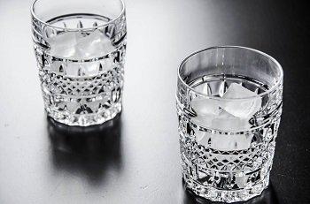 Стаканы со льдом для алкогольного пунша