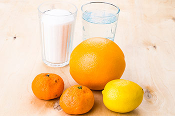 Апельсин мандарины лимон стакан сахара вода