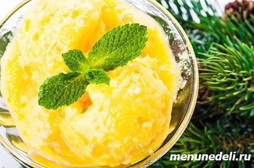 Сорбет цитрусовый из лимона апельсина мандарина сахара и воды