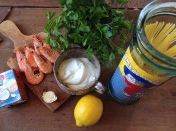 Паста креветки сливки кокосовые сливки лимон чеснок петрушка
