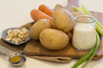 Картофель морковь сельдерей лук орехи специи йогурт