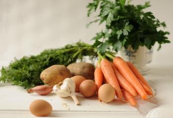 Морковь картофель яйца лук шалот чеснок петрушка приправы