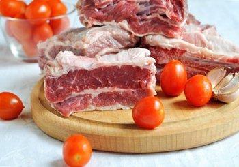 Мясо обмыть обсушить порезать на порционные куски