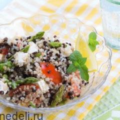 Салат из спаржи, чечевицы и кинвы - идеальный постный рецепт