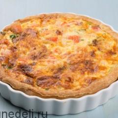 Пирог со шпинатом и семгой