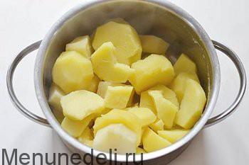 Отваренный картофель без жидкости