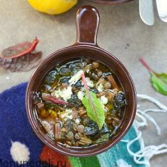 Суп со свекольной ботвой и чечевицей