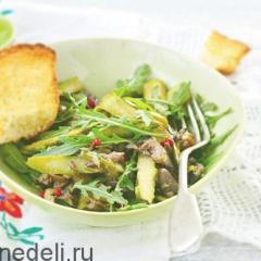 Теплый салат с рукколой и грибами