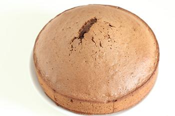 Легкий и воздушный корж для торта похожий на губку