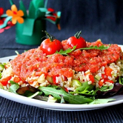 Салат с рисом и запеченным перцем