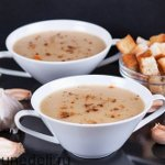 Sup-pjure-iz-pechenogo-chesnoka-i-kartofelja-sglavnoe-foto1806