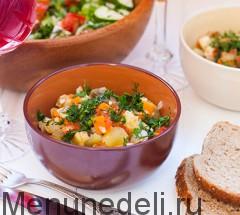 Main foto dlia baklazhanov, tushenih s pomidorami