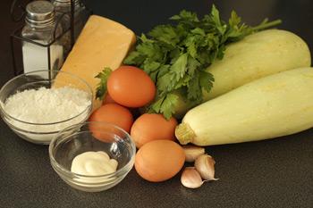 Ингредиенты для торта из кабачков и сыра