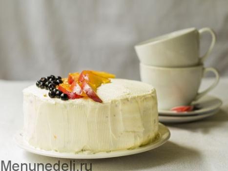 Творожный тортик с персиками и черникой