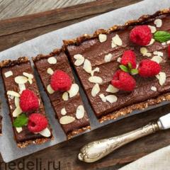 Постный шоколадный пирог без выпечки