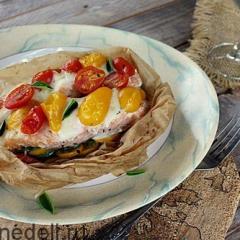 Как приготовить горбушу духовке с помидорами  и сыром - рецепт с фото