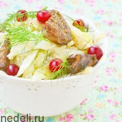 Салат капуста с клюквой