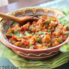 Салат-закуска с баклажанами на зиму