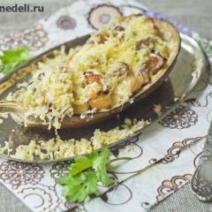 Баклажаны запеченные в духовке с сыром и куриной грудкой - рецепт с фото