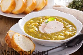 Gotovyj gorohovyj sup s kuricej