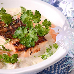 Лосось под соусом из креветок - рецепт с пошаговыми фото