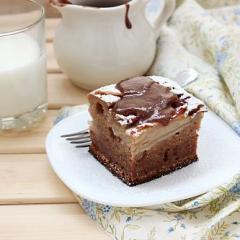 Пряный яблочный пирог с тоффи в мультиварке -  пошаговый рецепт