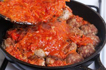 Dobavit' tomatnuju zapravku v tefteli-kak prigotovit' tefteli s risom