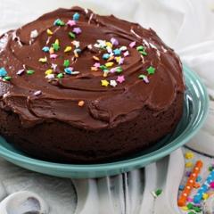 Шоколадно-сметанный пирог в мультиварке с шоколадным кремом