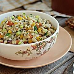Салат из перловой каши с овощным миксом