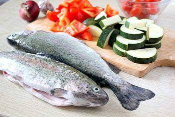 Форель с овощами в духовке - рецепт с пошаговыми фото