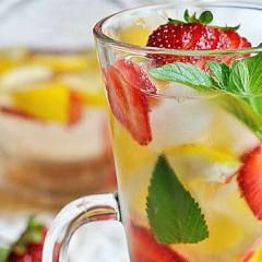 Домашний лимонад из клубники