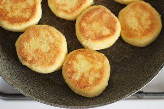 Рецепт вкусных сырников из творога с манкой