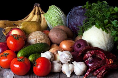 Как правильно хранить овощи и фрукты дома