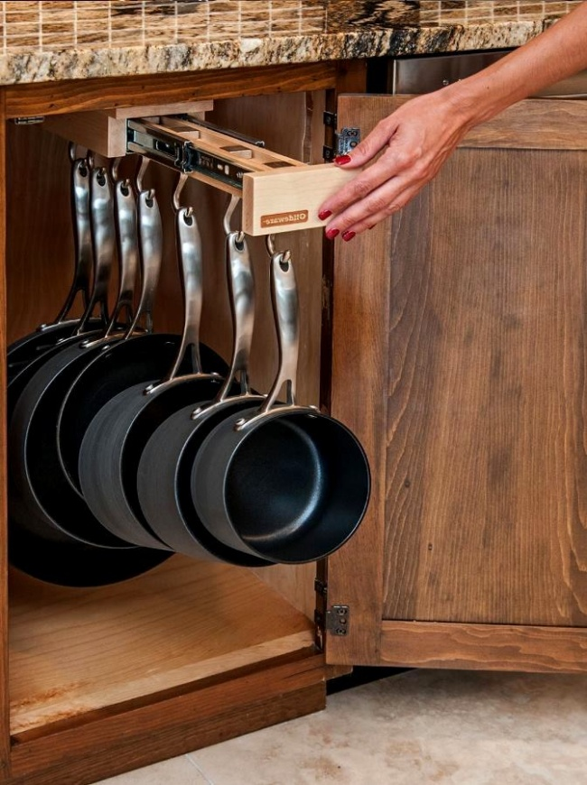 13918310-R3L8T8D-650-22_8-Smart-Stylish-Kitchen-Storage-Systems_0-f